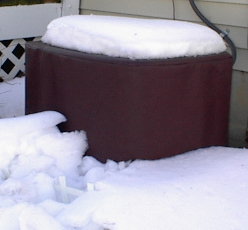 AC-covers_with_snow